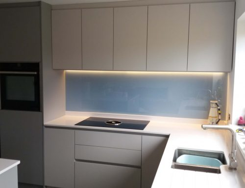 Blue colour on a Glass Splashback